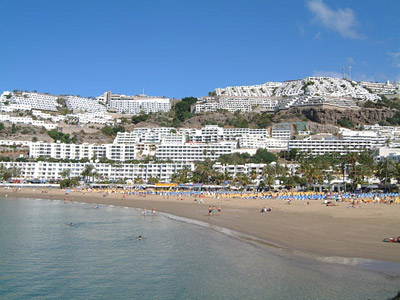 Residence puerto rico beach gran canaria spiaggia anfi - Canarie a dicembre si fa il bagno ...